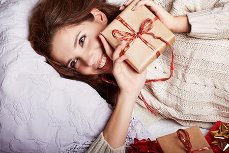 Pomysły na gwiazdkowe prezenty dla kobiet